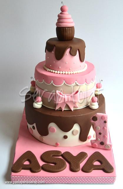 Cupcake 1 yaş pastası