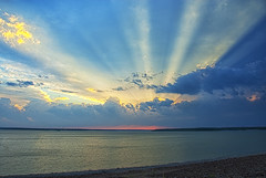 [Free Images] Nature, River / Lake, Crepuscular Rays, Horizon / Skyline, Landscape - United States of America ID:201302152000