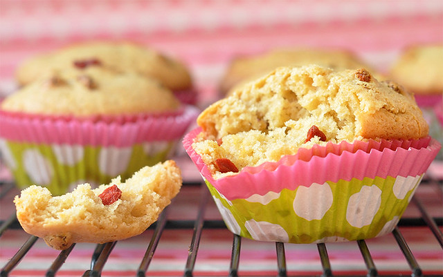 Goji Berry & White Chocolate Muffins