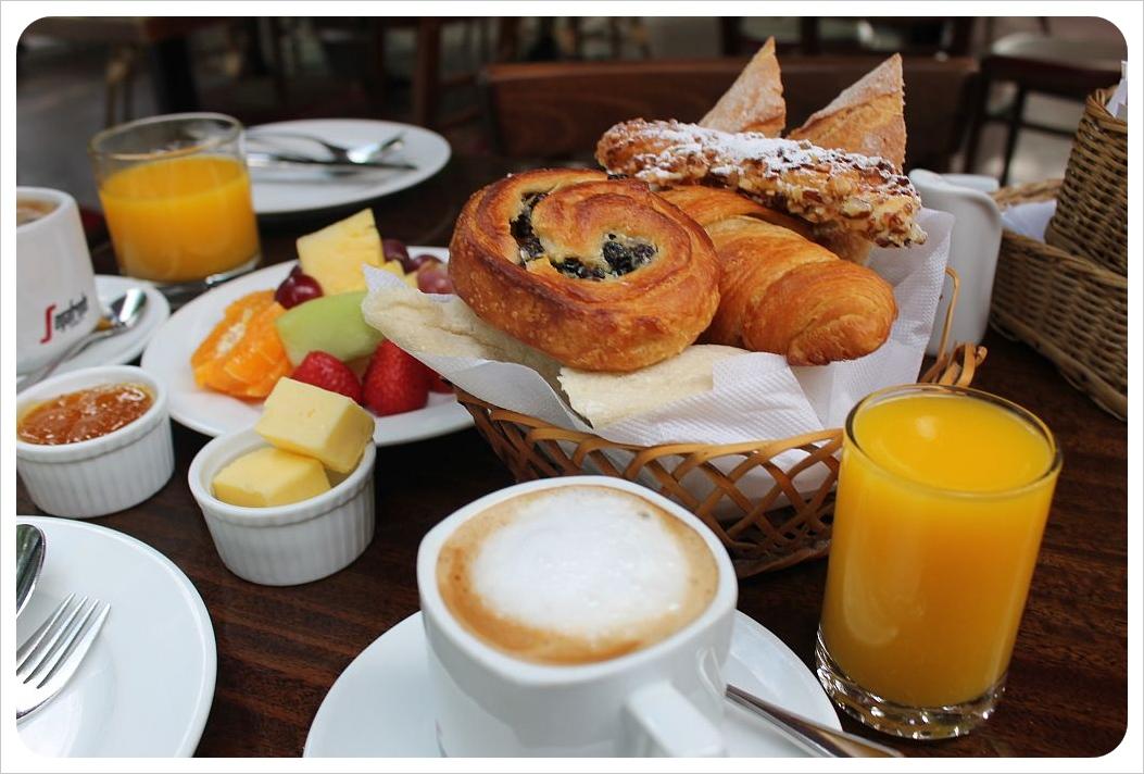 santiago breakfast le fournil