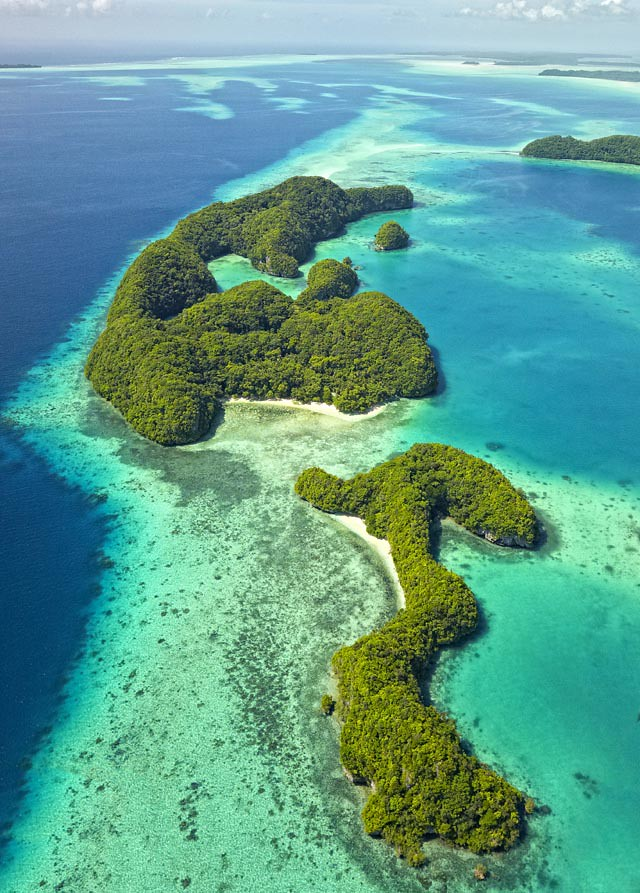 Rock-Islands_Palau-2_Stuart-Chape