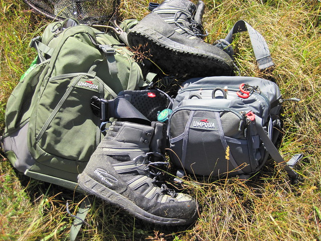 patagonia lightweight boots - umpqua ledges waist pack - umpqua surveyor backpack