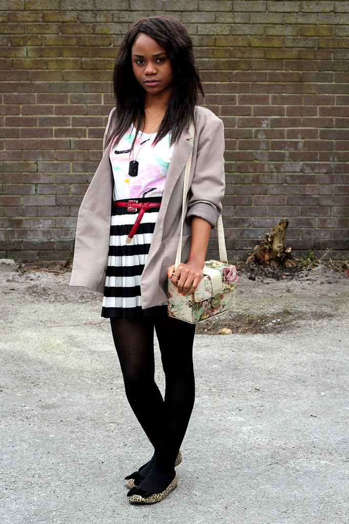 stripe skirt, floral satchel,boyfriend blazer, oversize blazer, leopard print flat shoes, leopard print shoes, striped mini skirt, satchel bag, floral satchel handbag