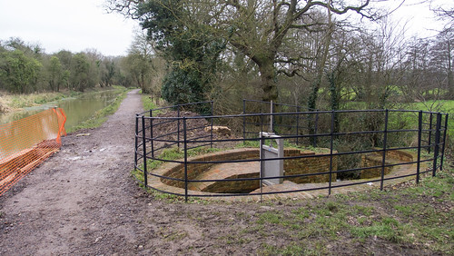 Wilts & Berks Canal under restoration at Pewsham Locks