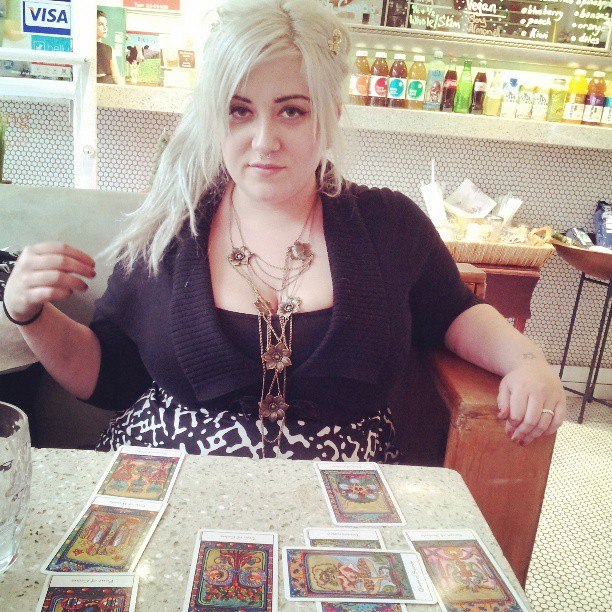 Tarot reading with Jacqueline. #babestagram #lesbianteabasket