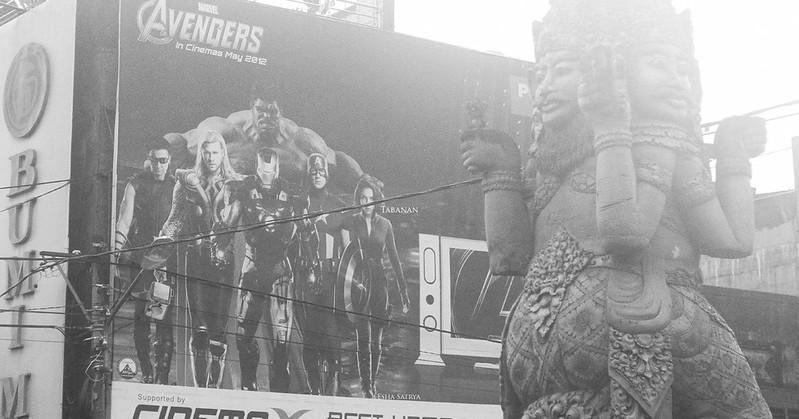 Avengers Vs. Catur Muka