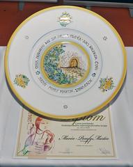 platter(0.0), dishware(1.0), plate(1.0), porcelain(1.0),