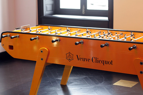 Foosball, Champagne-style