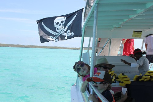 Pirate Flag with Kiddoes