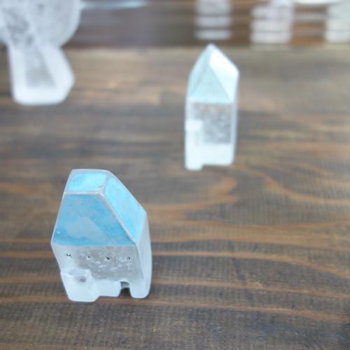 ガラスの置き物。静岡の「手創り市」にて。