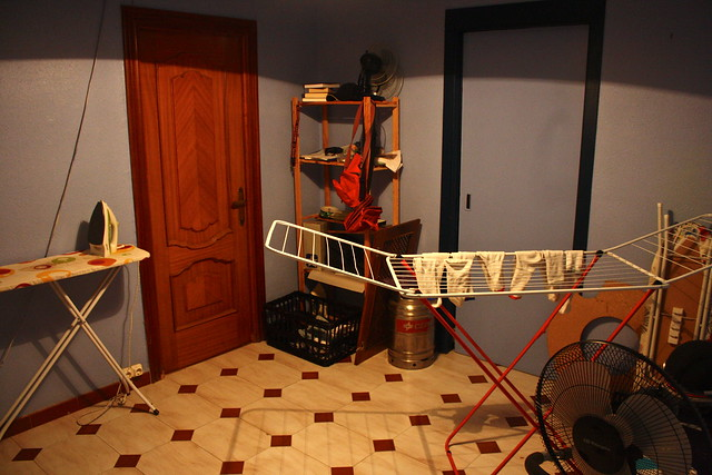 Spanish tendedero drying rack