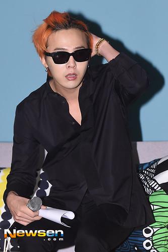 G-Dragon - Airbnb x G-Dragon - 20aug2015 - Newsen - 05