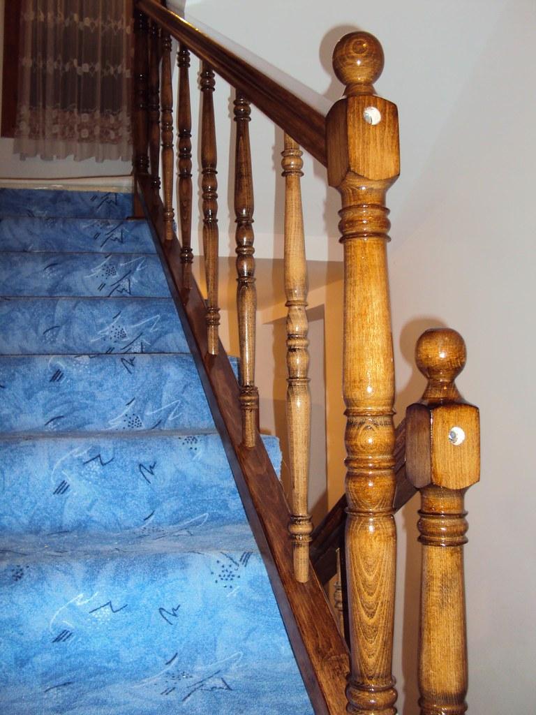 Gazista za stepenice sa rukohvatom