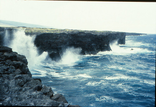 IMG_00775_Hawaii_Island_Lava_Cliffs