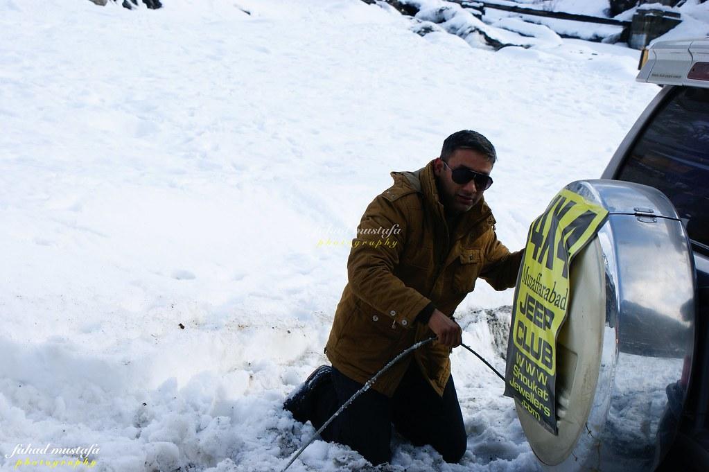 Muzaffarabad Jeep Club Neelum Snow Cross - 8471984116 8bcb6b1a18 b