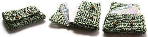 Business card holder made from plarn