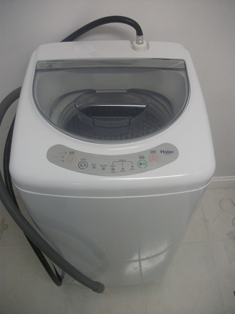 like new haier hlp21n pulsator 1 cubic foot portable washer flickr photo sharing. Black Bedroom Furniture Sets. Home Design Ideas