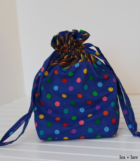 drawstring bag for a puzzle