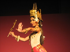 Plae Pakaa Apsara Dance @ the National Museum, Phnom Penh