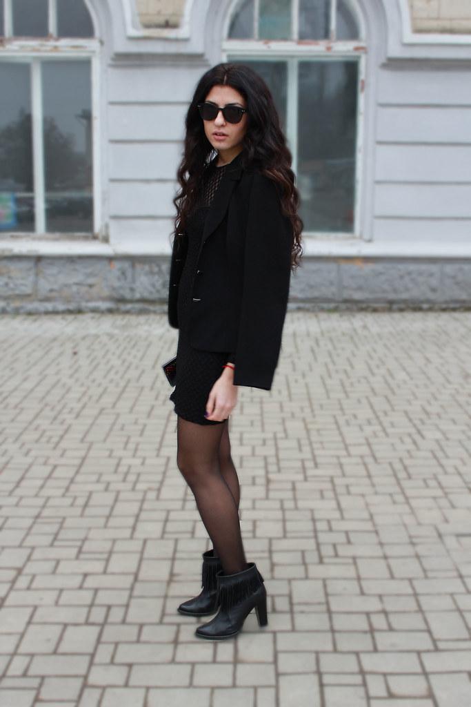 little black8