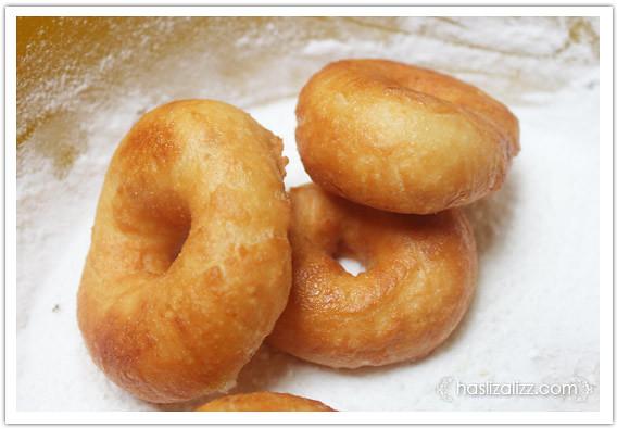 8559031792 3cccc8676e z buat donut lembut dan gebu | resipi donut lembut dan gebu