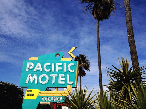 california street city blue trees sky urban signs color sign yellow vintage relax landscape hotel inn neon view pacific turquoise teal lodging scenic motel tourist palm dreaming traveller explore arrow googie vacancy stockton justvisiting stayawile