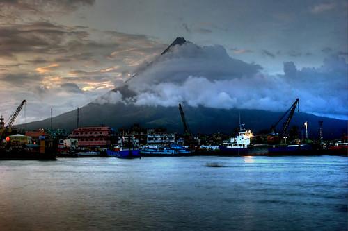 volcano philippines mayon ph bicol luzon volcan legazpi