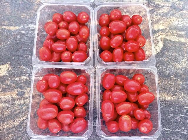 4 Pints Grape Tomatoes
