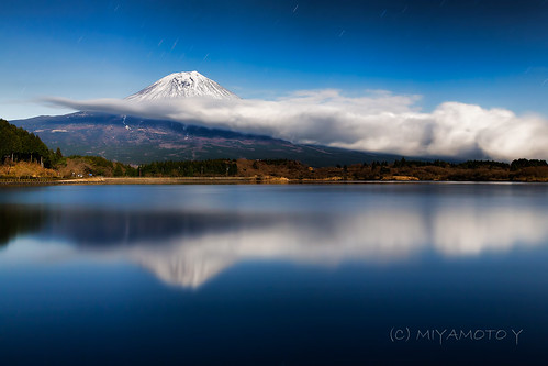 cloud mountain lake reflection japan moonlight nightview mtfuji fujiyama shizuokapref tanukiko 2013