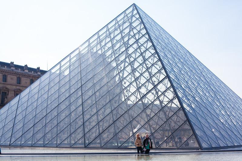 Meagan & Katy Louvre