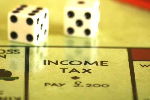 収入と所得の違い   MakeLeaps