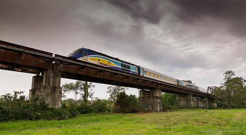 train bridge outdoors railway railbridge clouds xpt countrylink green sky australia taragowen photographybytaragowen nikon tokina1116mm wideanglelens