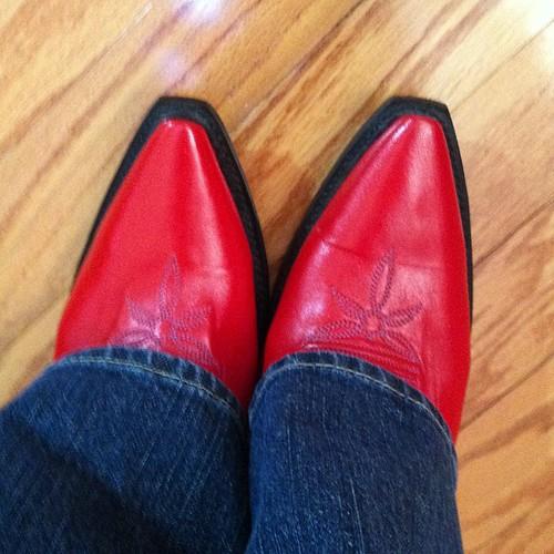 #redcowboyboots