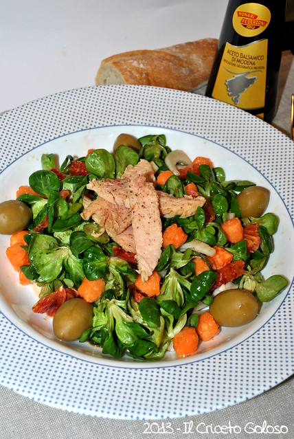 Insalata di songino alle arance, tonno e salmone (1)