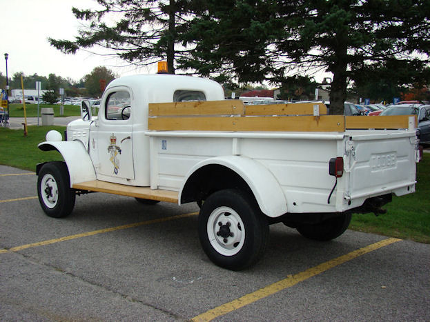 Dodge Power Wagon 1