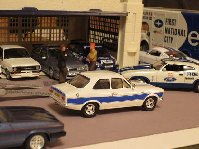 Ford garage workshop dioramas for Garage ford 78 plaisir