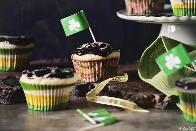 Irish-Cream-Cupcakes-0584