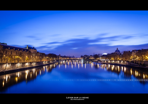 bridge blue sky cloud paris france art seine canon pose îledefrance arts exposition reflet ciel reflect invalides hour pont nuage quai institut heure bleue fleuve institutdefrance longue canoneos5dmarkii