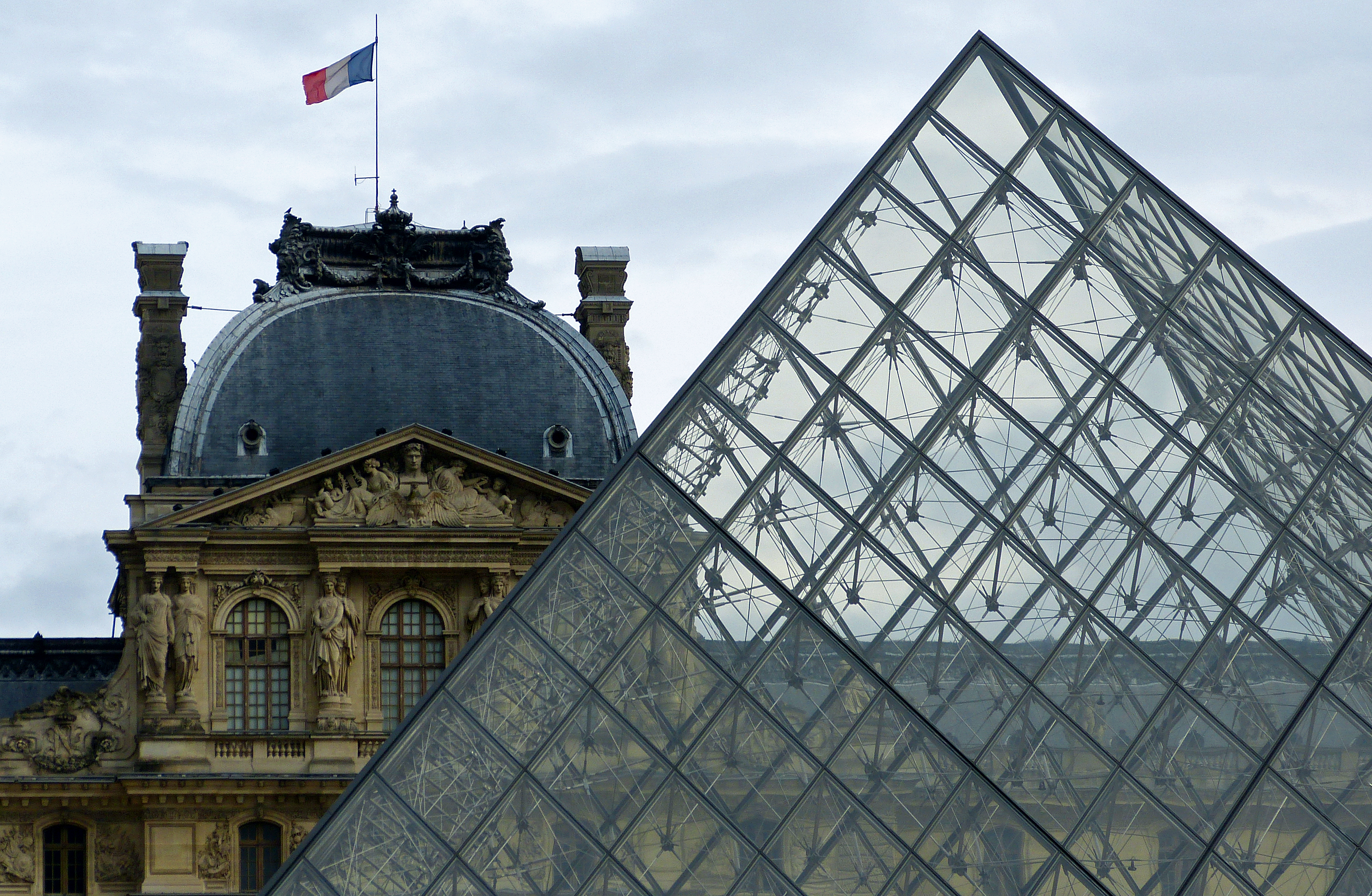 Experience the Louvre Museum, housing some of the world's classics