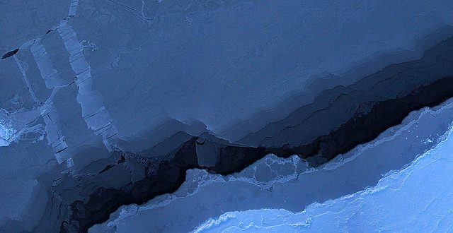 Blue Beaufort Sea Ice from Operation IceBridge