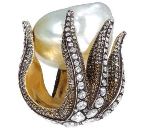 sevan-bicakci-pearl-ring