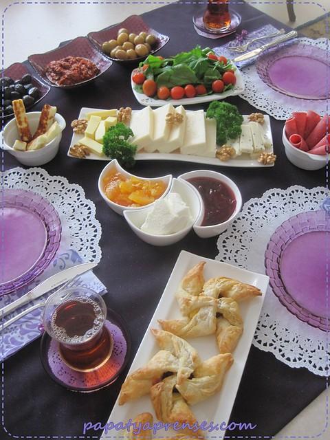 mor kahvaltı 011