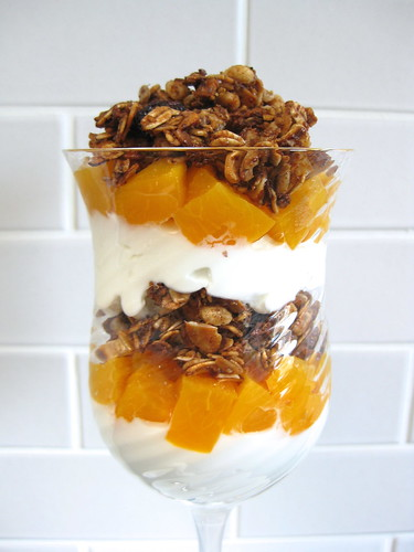Muesli Granola (and Peach-Greek Yogurt Parfaits)