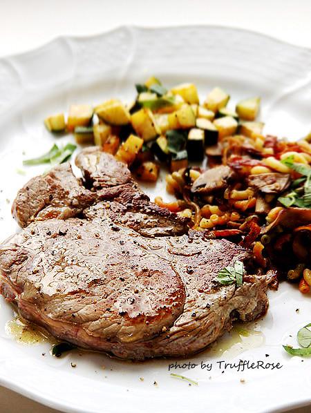牛排、通心麵和櫛瓜-Belgium-20120611、12、20