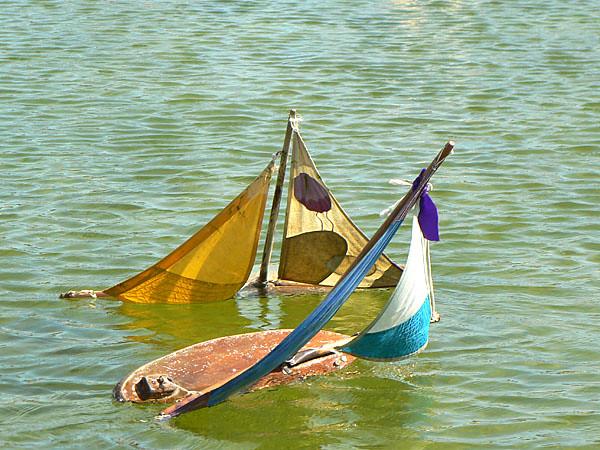 bateaux aux Tuileries.jpg
