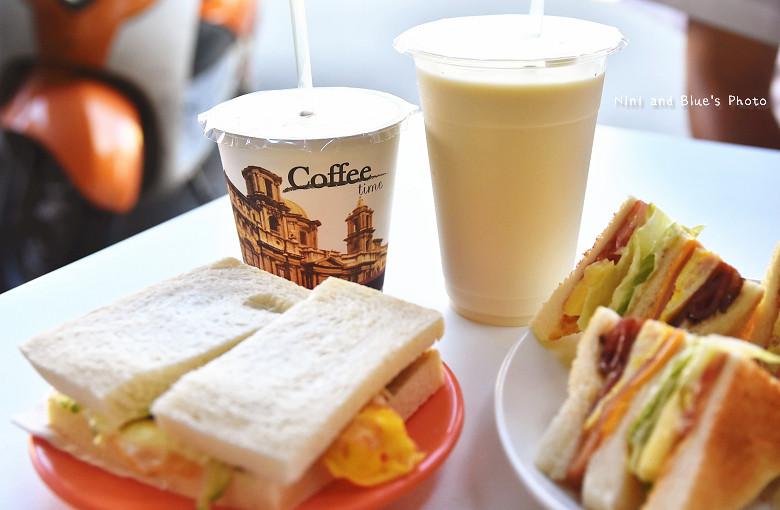 台中中華夜市28早午餐咖啡05
