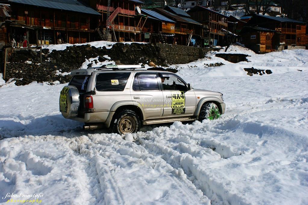 Muzaffarabad Jeep Club Neelum Snow Cross - 8472050368 9d5b9e39ec b