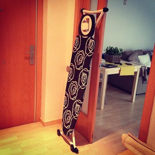 Como está tan de moda, me he comprado un longboard.