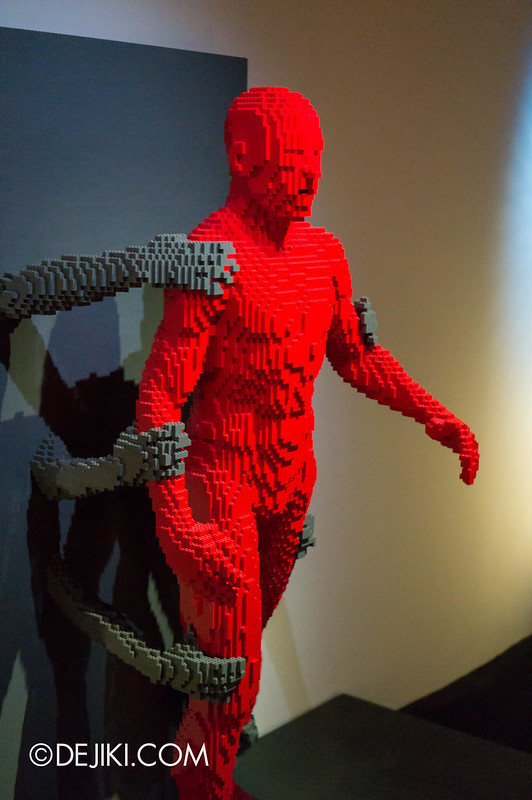 Art of The Brick - Grasp