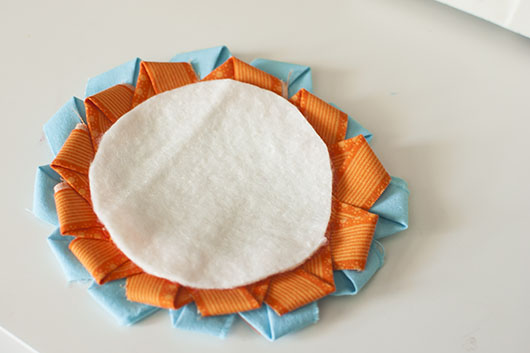 scrappy flower applique and coaster_8